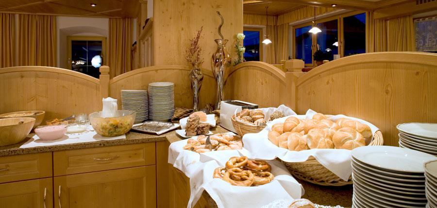 austria_ski-welt-ski-area_soll_hotel-eggerwirt_buffet.jpg